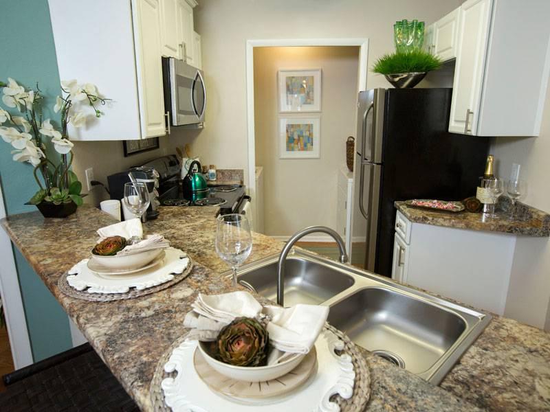 lakespr-model-kitchen2